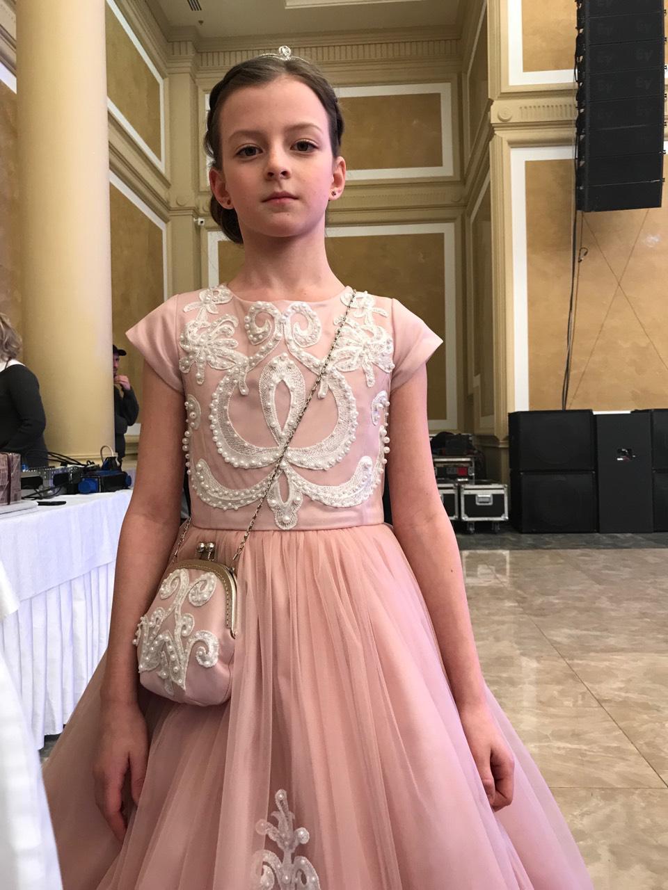 654530c64821 прокат платья днепр нарядные бальные платья для девочки красивое платье  розового цвета Прокат платья, бальное